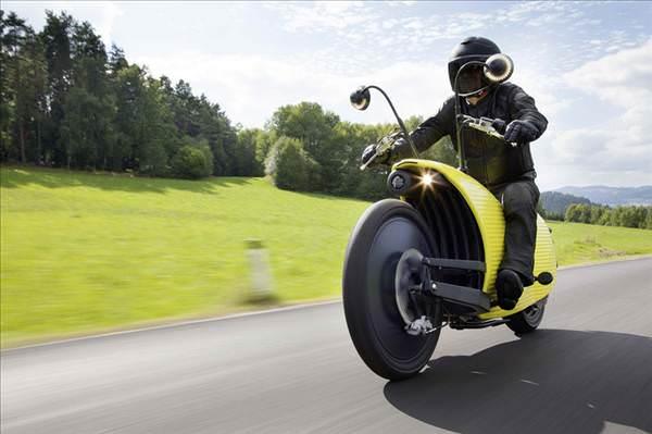 Tam �arjda 200 km gidebilen tek motosiklet: Johammer J1