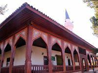 Çivisiz cami 200 yıldır hizmet veriyor