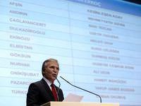 AK Parti 13 b�y�k�ehirin il�e belediye ba�kan adaylar�n� a��klad�