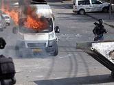 Kud�s sokaklar�nda �ntifada sesleri
