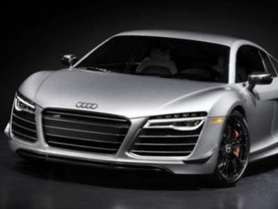 Audi'nin en h�zl� otomobili: 2015 R8 Competition
