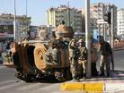 Diyarbak�r'da asker soka�a indi