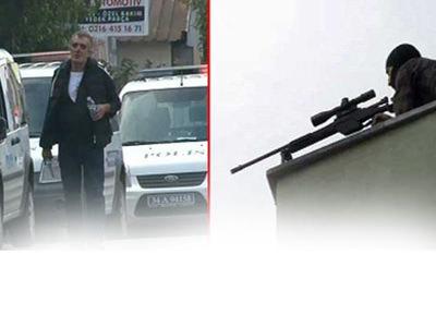 Polisin silah�yla deh�et sa�t�