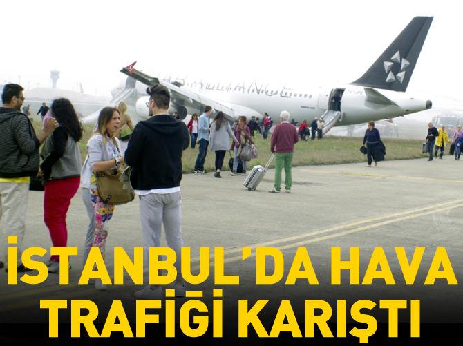 İSTANBUL'DA HAVA TRAFİĞİ KARIŞTI