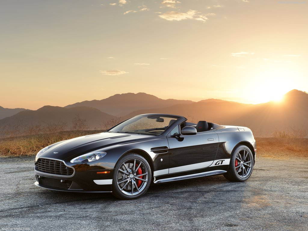 Aston Martin V8 Vantage GT Roadster (2015)