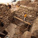 Lübnan'da tarih öncesine ait mabed bulundu