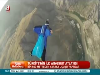 T�rkiye'nin ilk wingsuit atlay���