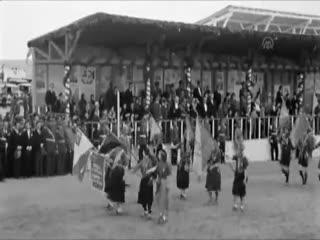 Cumhuriyetin 10. y�l� kutlamalar� ilk kez yay�nland�