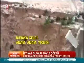 Bursa'da okul duvar� ��kt�