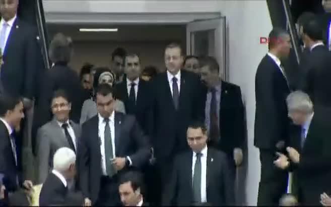 Erdoğan ve Kılıçdaroğlu uzaktan selamlaştı