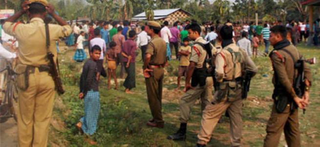 Hindistan'da saldırı: 54 ölü