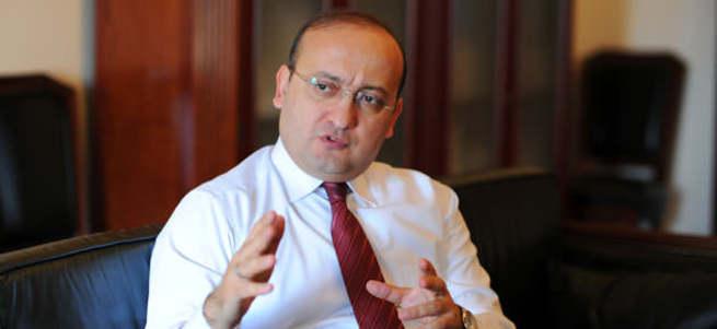 Yalçın Akdoğan: Demirtaş'ın dağa çıkmayacağı garanti mi?