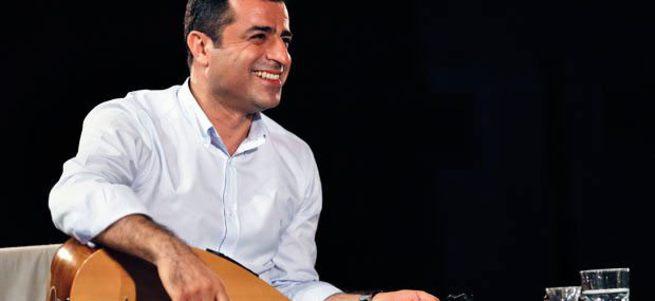 Yılmaz Özdil HDP'yi parlatanlara sert tepki gösterdi