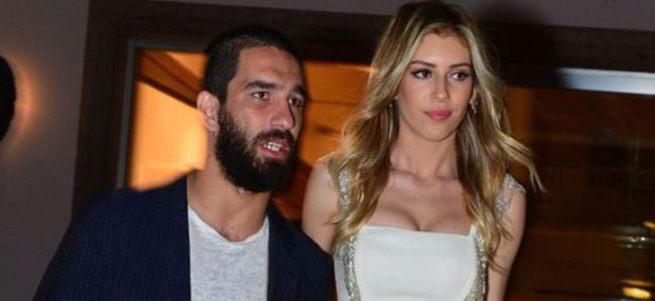 Sinem Kobal'a Arda sorulunca kızdı: Arda'yı konuşmam