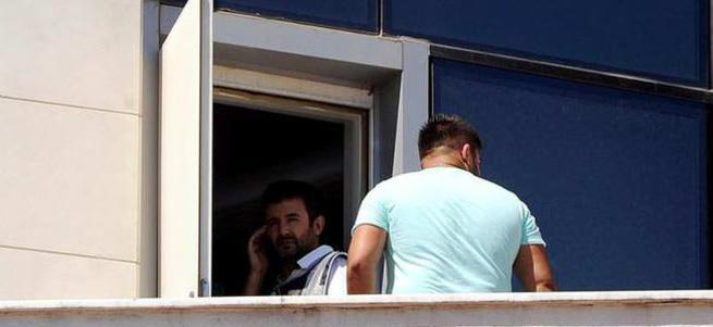 Antalya'da dershaneye polis baskını