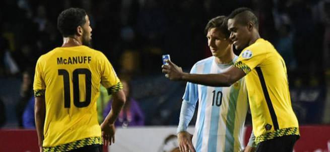 Yenilgiyi unuttu, Messi ile selfie çekti!