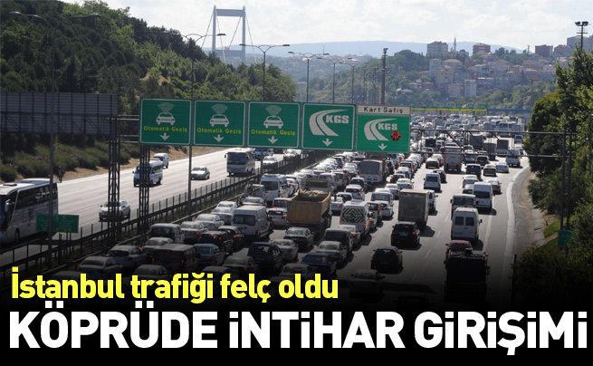 Köprüde intihar girişimi trafiği felç etti