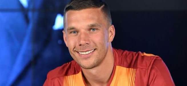 Podolski'nin forma numarası belli oldu