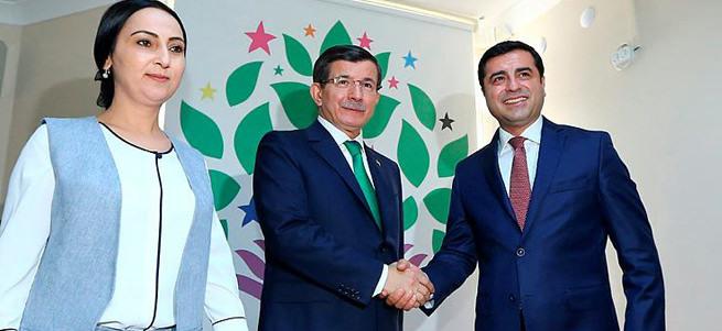 AK Parti heyetinin HDP ile görüşmesi tamamlandı