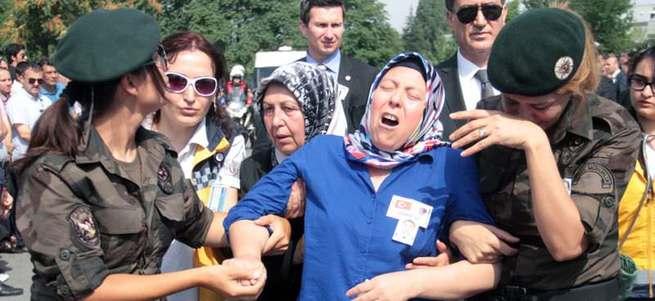 Şehit olan özel harekat polisi Polat Aydın'a veda