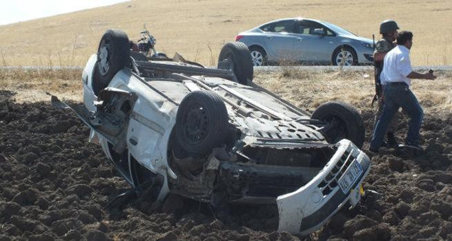 Muş'ta otomobil takla attı: 4 ölü