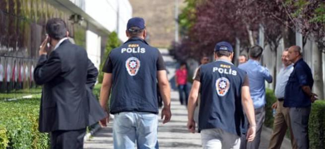FETÖ'ye finansman toplantılarında tutuklama