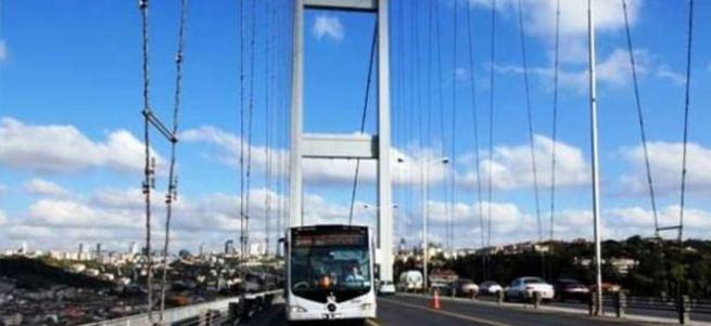 Boğaziçi Köprüsü'nde metrobüs kazası