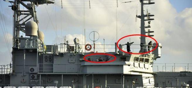 Rus gemisi boğazdan geçerken füze gösterdi