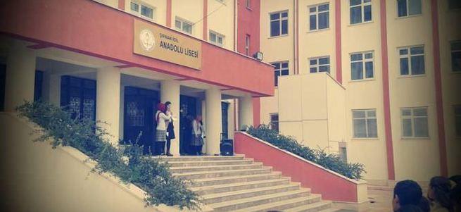Şırnak'ta teröristler okul bastı