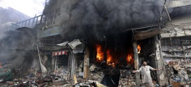 Pakistan'da hükümet binasında patlama: 18 ölü