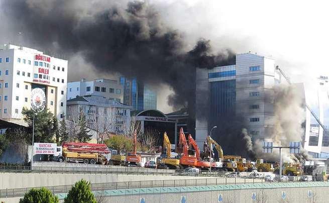Maltepe'de otel yangını