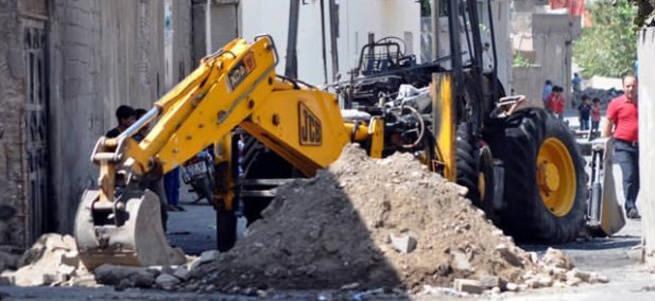 Kaymakam Kadir Güntepe'den hendekçi belediyeye büyük ders