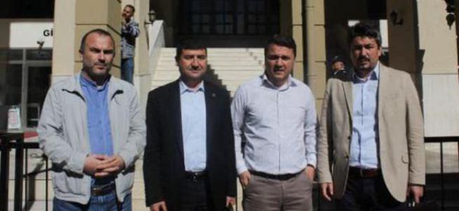 FETÖ'cü 2 gazeteciye hapis cezası