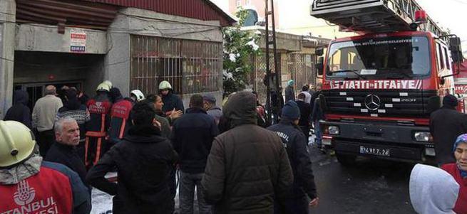 Ataşehir'de çıkan yangında bir kişi hayatını kaybetti