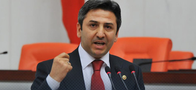 Meclis Ahmet Aydın'ı alkışladı