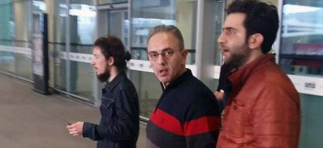 İzmir'de FETÖ/PDY operasyonunda iş adamına gözaltı