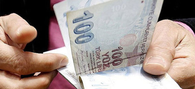 Nisanda emekliye 381 lira yeni zam