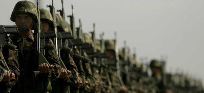 Kadınlara da askerlik geliyor