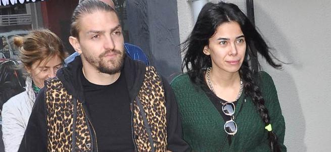 Caner Erkin, Asena Atalay'ı çabuk unuttu!