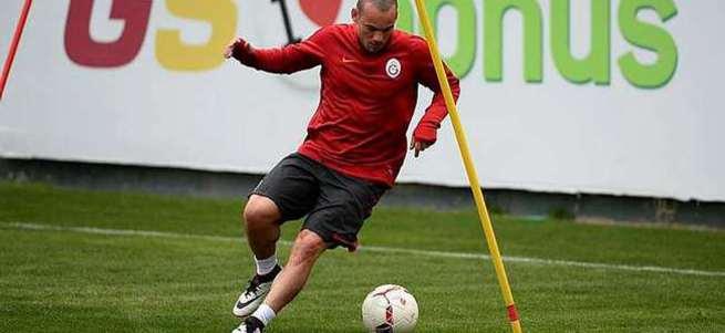 Bize gel Sneijder