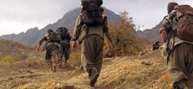 Hakkari'de askere saldırı: 2 şehit 4 yaralı