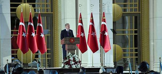 Cumhurbaşkanı Erdoğan: DEAŞ'e karşı olanlar terör örgütü değilse El Nusra niye terör örgütü?