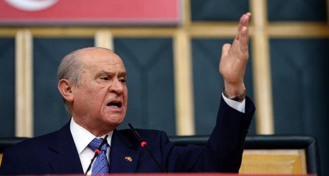 MHP Lideri Bahçeli, darbeci hainlere ateş püskürdü