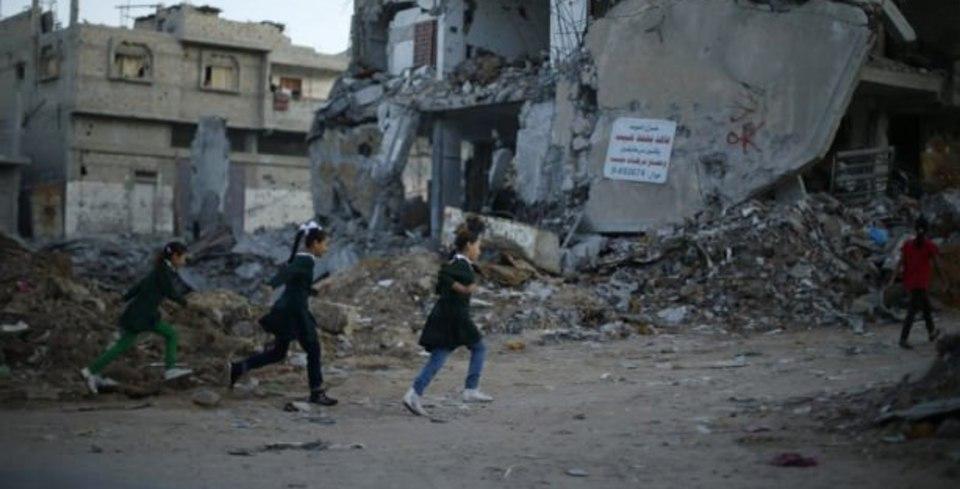 Gazze'nin y�k�k s�n�flar�nda ilk ders