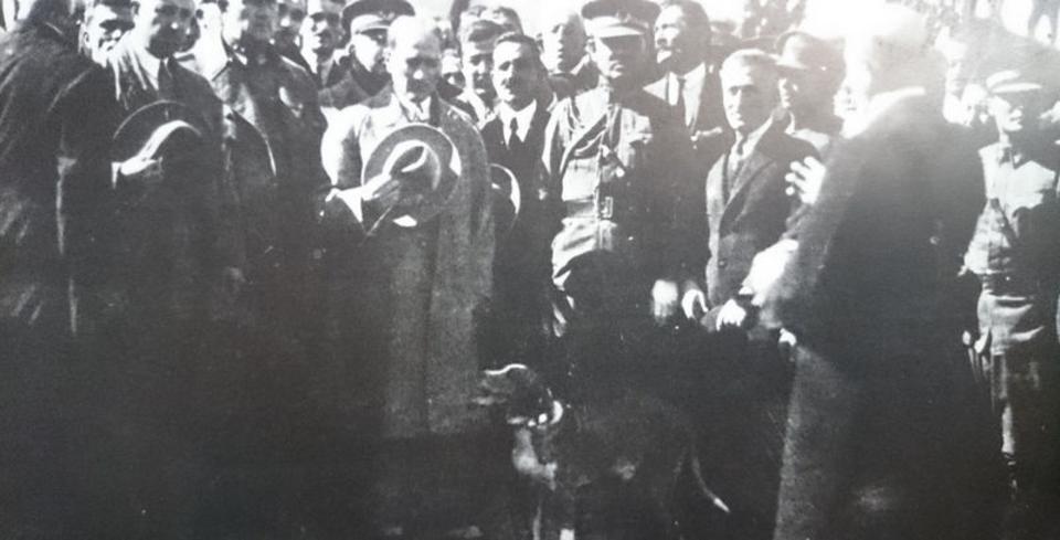 Atatürk�ün gün yüzüne ç�kmam�� foto�raflar�