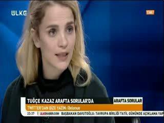 Tu�çe Kazaz boyun f�t���ndan namaz k�larak kurtuldu