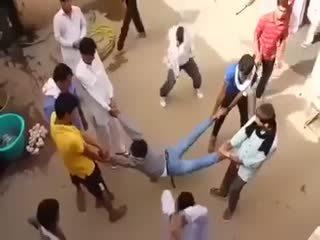 Hindistan'da yakalanan tecavüzcü (+13)