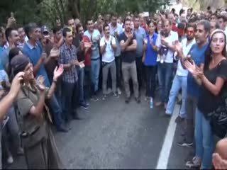 Selahattin Demirta���n düet arkada�� PKK�ya konser verdi!