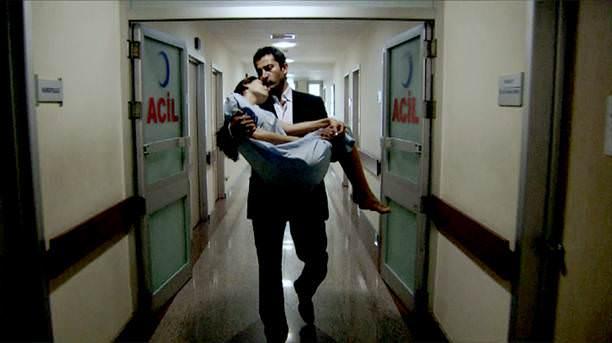 Ezel - serial turcesc difuzat pe  ATV  TR - Pagina 29 2_d