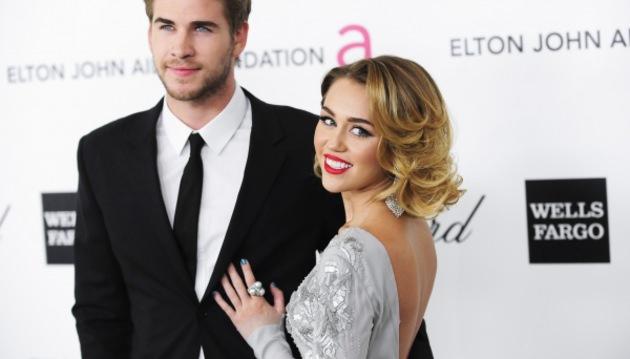 Miley Cyrus ile Liam Hemsworth ayr�ld�